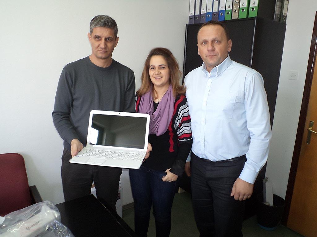 Donacija laptopa JU IX OŠ Maoča, Brčko